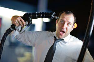10 lucruri pe care benzinăria nu ţi le spune niciodată