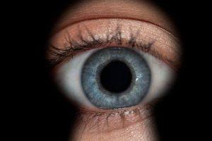 10 minciuni despre CNP şi de au ele picioare scurte