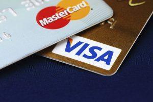 Care este diferența dintre Visa și Mastercard